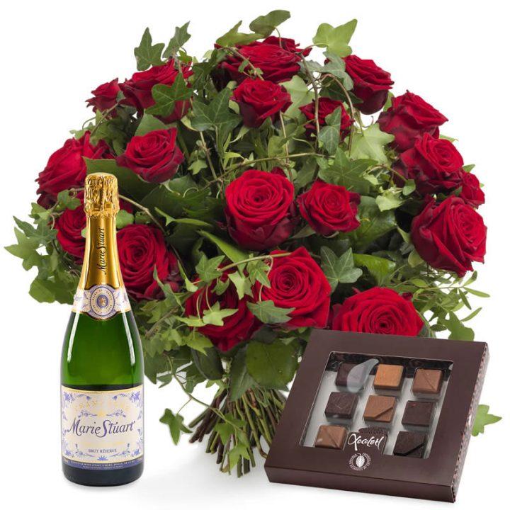 Jeg Elsker dig buket med chokolade og champagne