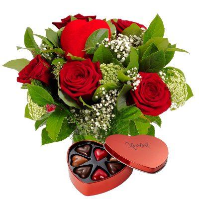 Romantisk buket med chokolade til