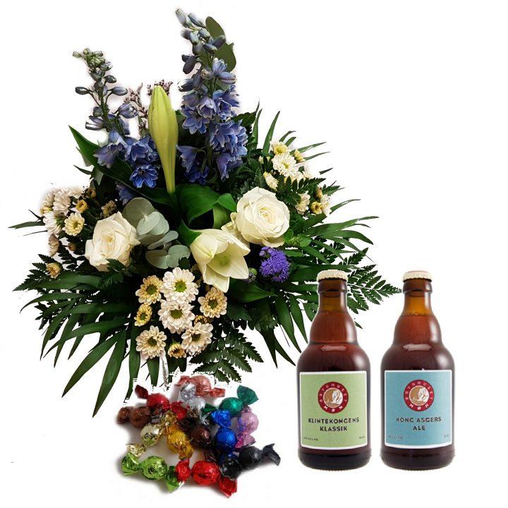 Lækker buket i floristens design med god øl og chokolade til.