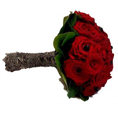 Brudebuket med røde roser