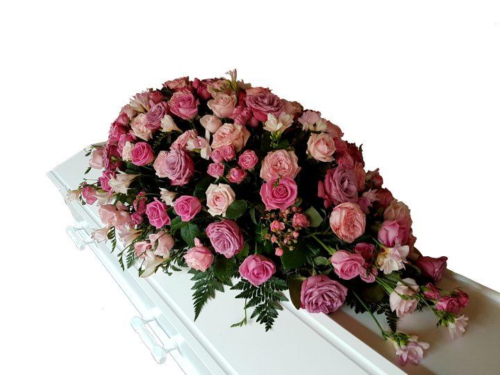Kistepynt i pin, lyserød, rosa, gammelros Roser