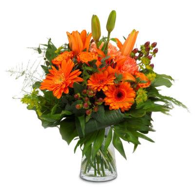 Blomster buket i orange med liljger, roser, gerbera og andre blomster